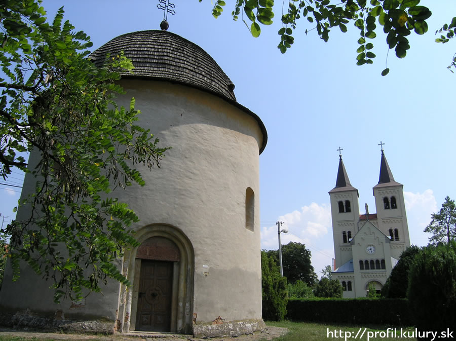 Bina - the early Romanesque Rotunda, photo M. Kalinová, http://profil.kultury.sk
