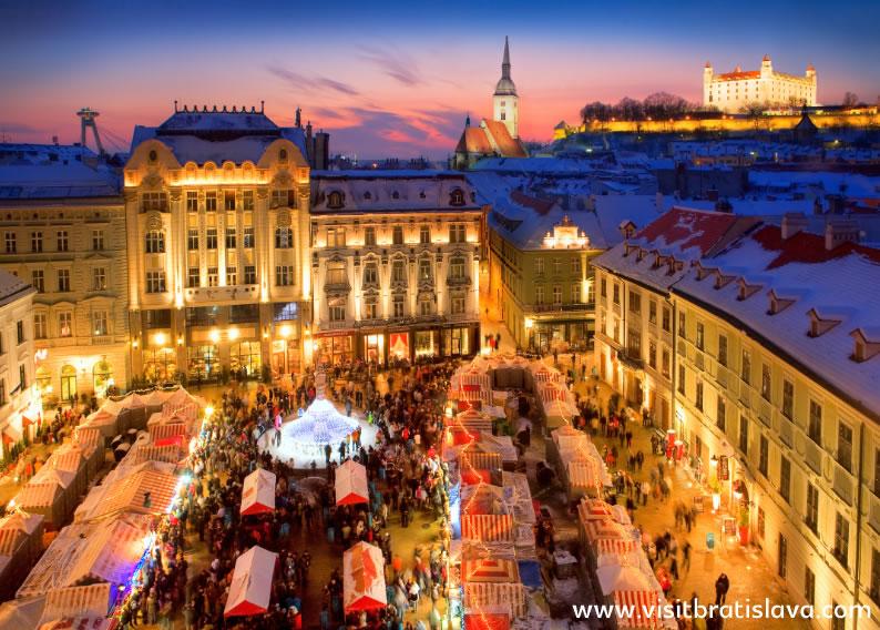 Christmas Markets in Bratislava - SlovakiaTravels.com c266ee2bdfc